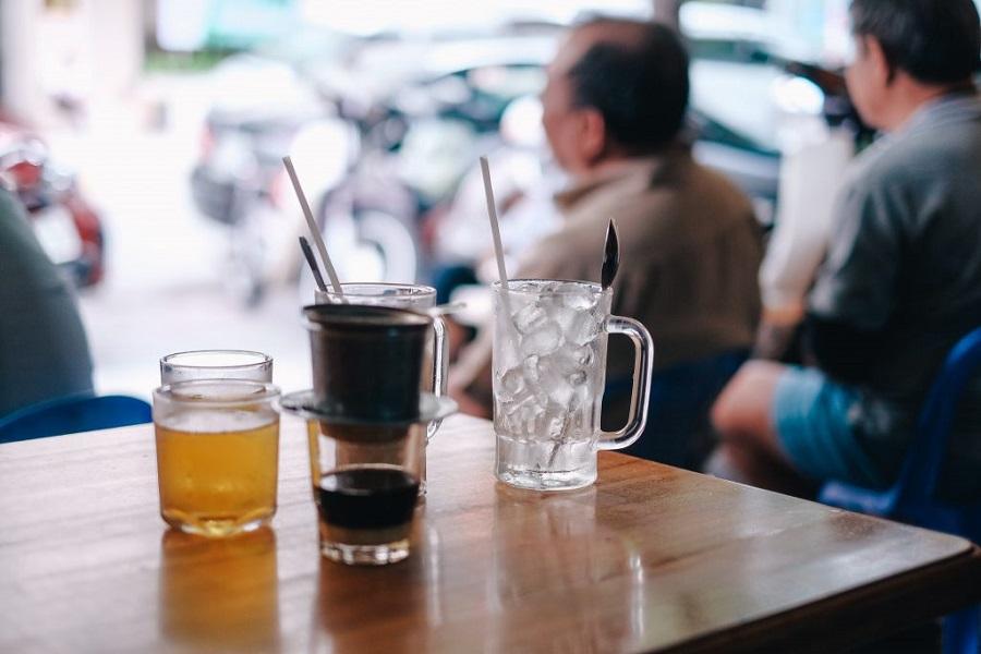 Văn hóa thưởng thức cà phê của người Việt Nam nói chung và Sài Gòn nói riêng cũng thú vị vô cùng.