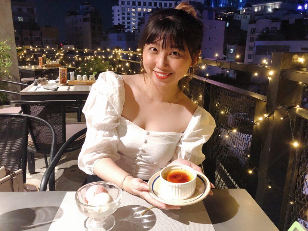 Minh Hương Pynie hiện là Content Marketer Manager của báo Mua&Bán