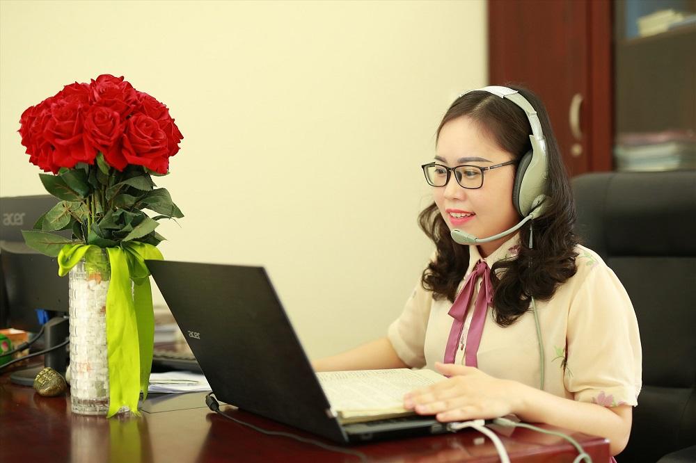 Dạy học online - việc làm thêm mùa dịch cho các giáo viên.